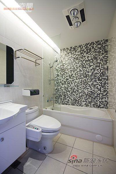 简约 三居 卫生间图片来自幸福空间在99平三房两厅时尚简约风格44的分享