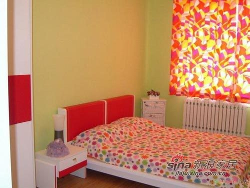 田园 二居 卧室图片来自用户2737791853在5万打造70㎡温馨横溢的田园小家21的分享