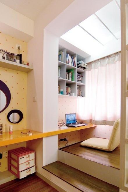 客厅图片来自用户2558757937在巧用角落空间小家变大宅的分享