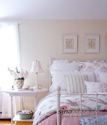 地中海 三居 卧室图片来自用户2756243717在小夫妻装120平地中海清新3居22的分享