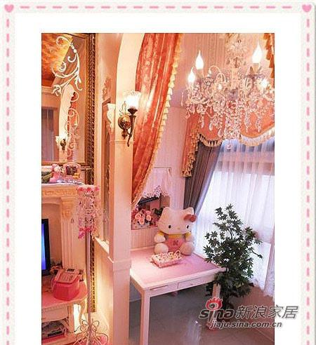 廊拱门运用水晶灯与窗幔的映衬