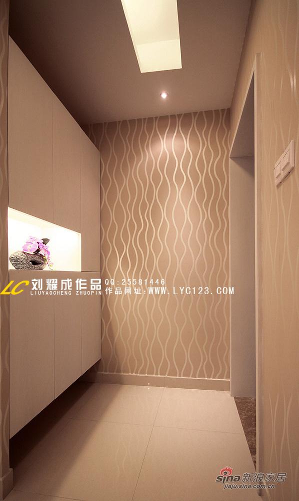 简约 三居 玄关图片来自用户2739378857在浪漫满屋58的分享