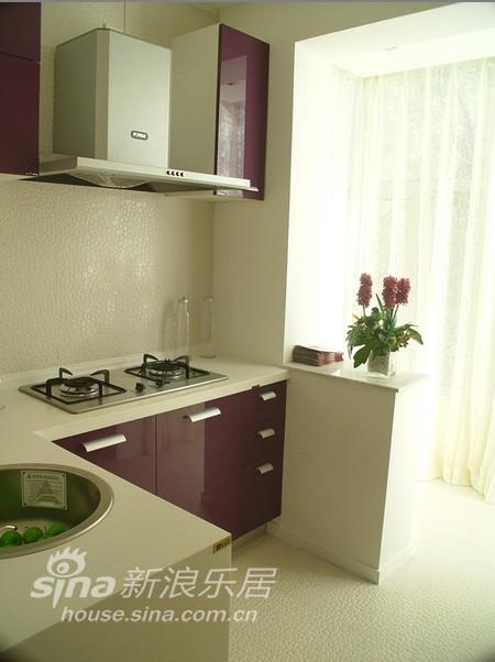 简约 一居 厨房图片来自用户2558728947在女性主张 色彩一居96的分享