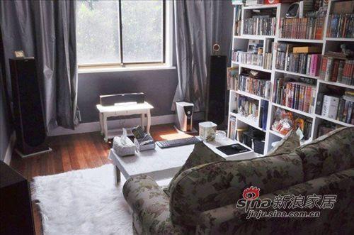 简约 一居 客厅图片来自用户2737735823在北京单身男小蜗居88的分享
