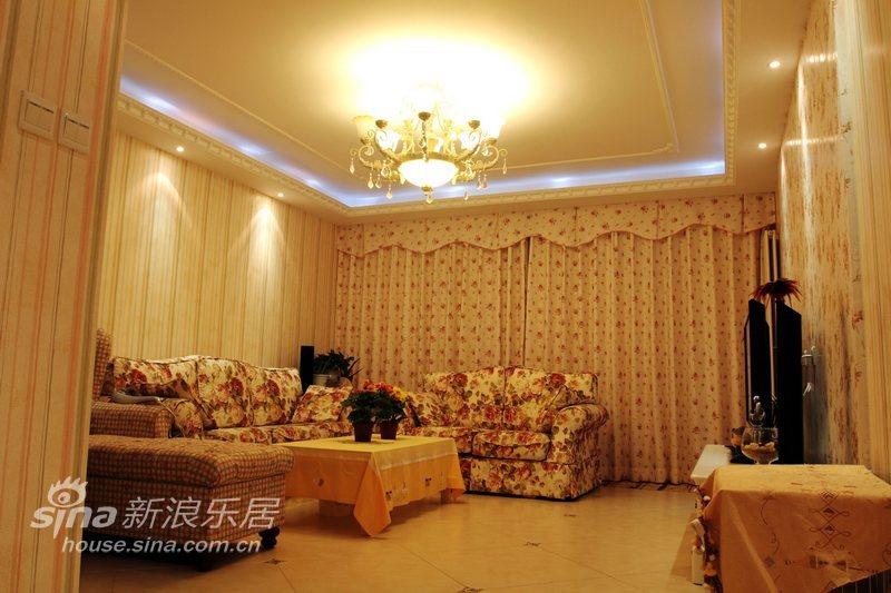 田园 三居 客厅图片来自用户2737791853在不一样的80后居所31的分享