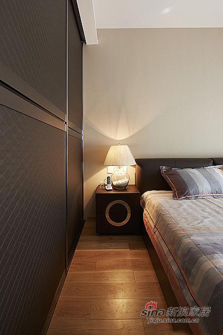 现代 二居 卧室图片来自佰辰生活装饰在15万营造86平时尚简约婚房78的分享