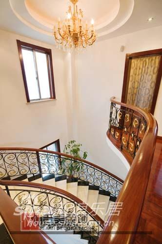 欧式 别墅 楼梯图片来自用户2746889121在经典欧式46的分享