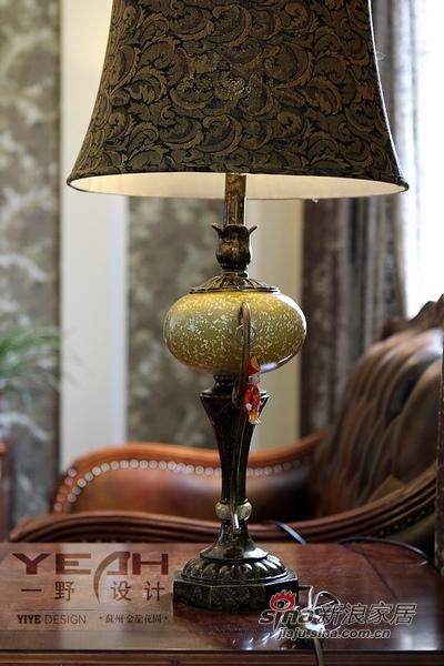 欧式 别墅 衣帽间图片来自用户2772873991在240平古典别墅睡美人童话55的分享