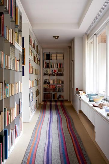飘窗图片来自用户2771736967在最受欢迎实用范 10个书房收纳装饰兼备的分享