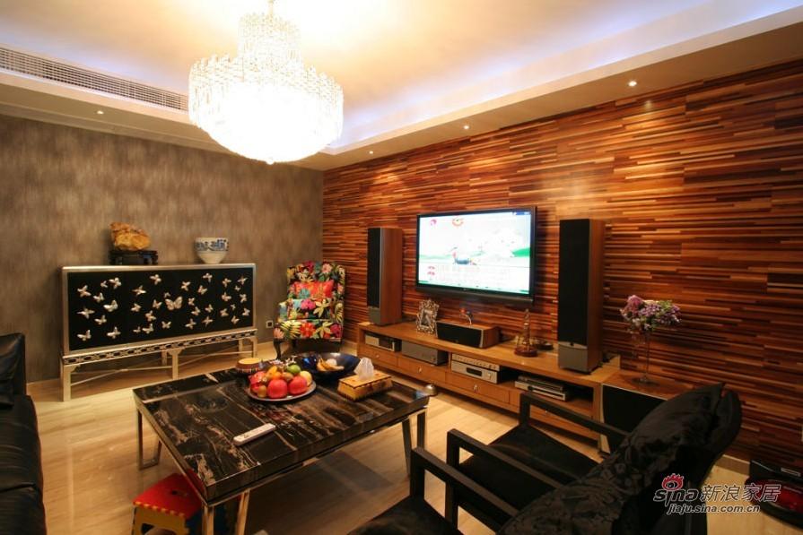 现代 四居 客厅图片来自用户2772840321在18.7万装浪漫度假4居52的分享
