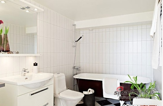 简约 复式 卫生间图片来自用户2739081033在7.3万浪漫北欧124平小复式18的分享