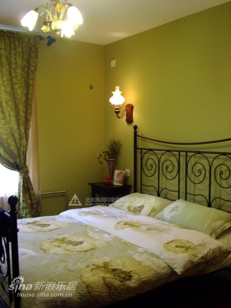 简约 二居 卧室图片来自用户2557979841在纯美东南亚风格60的分享