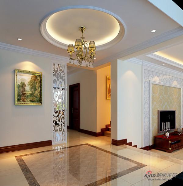 门厅使用了圆形吊顶,与地面的方形大理石拼