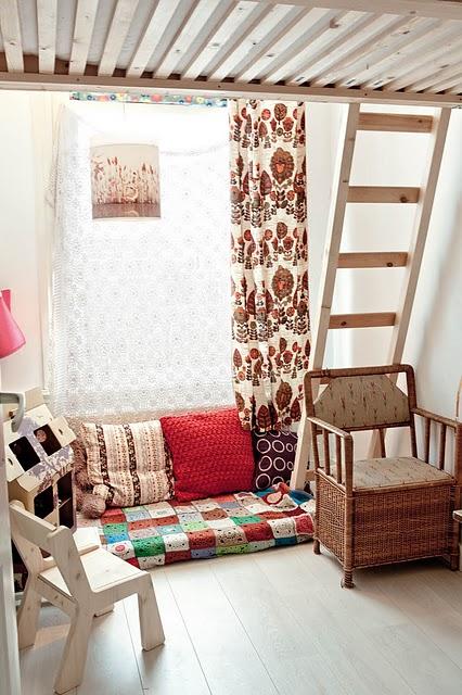客厅 沙发 靠垫 清新图片来自用户2772840321在10个美式乡村风格客厅 像小资一样生活吧的分享