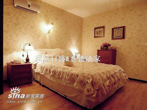 欧式 别墅 卧室图片来自用户2746948411在碧水云天55的分享