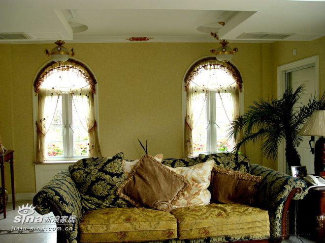 欧式 别墅 客厅图片来自用户2746953981在某联体别墅14的分享