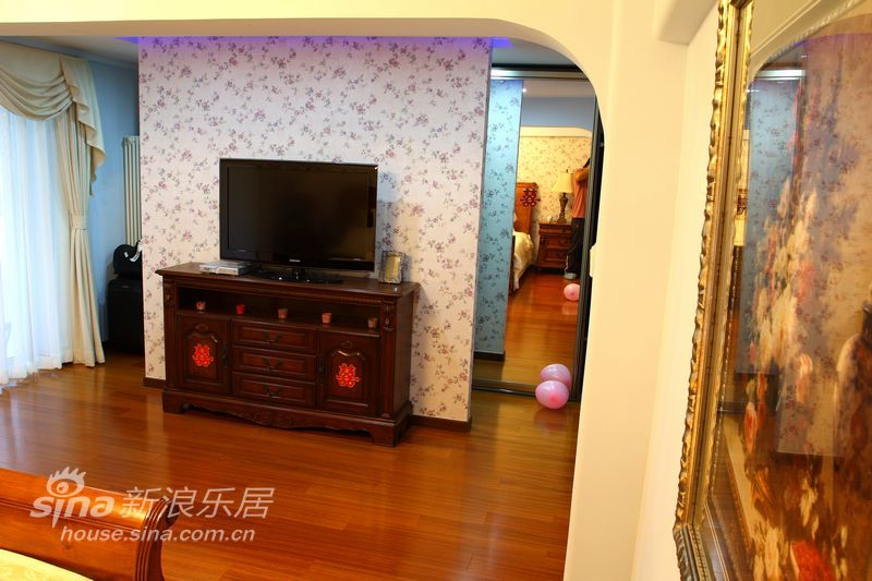 简约 二居 客厅图片来自用户2737786973在简约美式完美婚房27的分享