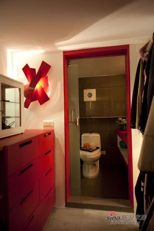 简约 复式 客厅图片来自用户2745807237在80后能干女孩超个性家居45的分享