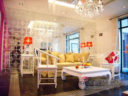 中式 二居 客厅图片来自用户1907661335在喜迎新春 90平略施粉黛中式格调家80的分享