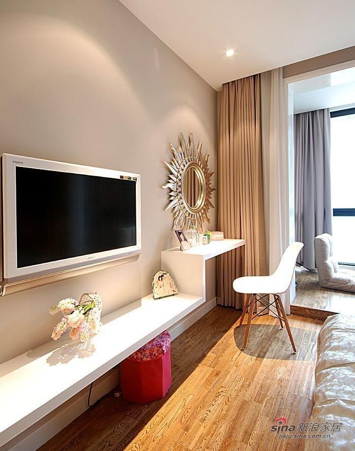简约 二居 客厅图片来自用户2557010253在8万打造80平异域风情爱家23的分享