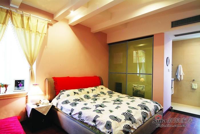 其他 三居 客厅图片来自用户2771736967在6.8万典雅色彩3居别样爱家75的分享