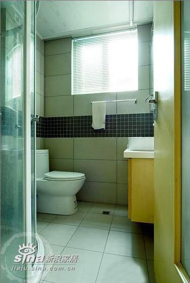 简约 三居 卫生间图片来自用户2738820801在超漂亮三居样板间76的分享