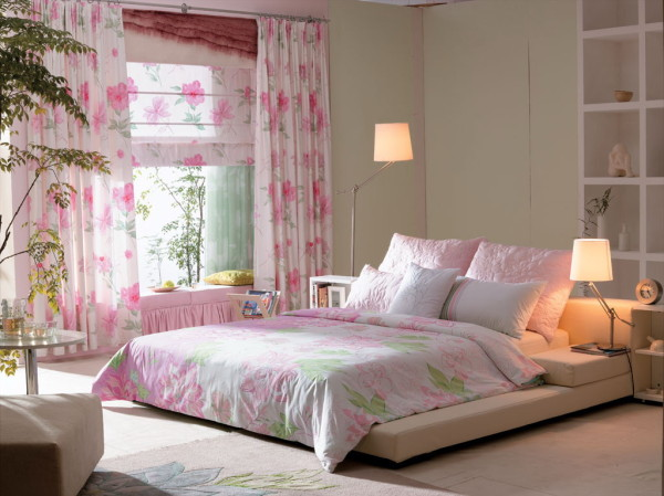 粉红色的花朵,如娇艳的新娘,几许妩媚与妖娆,无限的爱,如花——朵朵开.