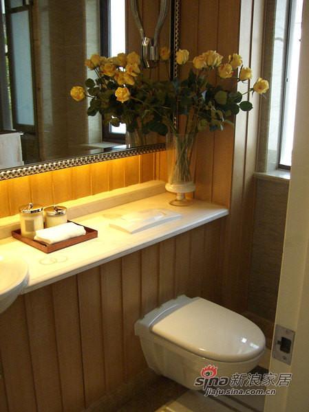 欧式 别墅 卫生间图片来自用户2757317061在帕缇欧香聚通装潢设计案例22的分享