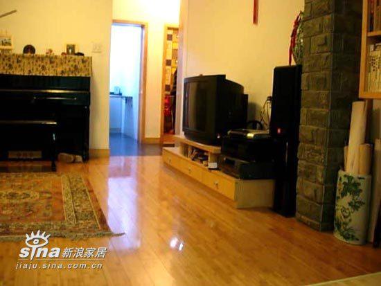 简约 一居 客厅图片来自用户2557979841在38平米小家实用主义风格29的分享