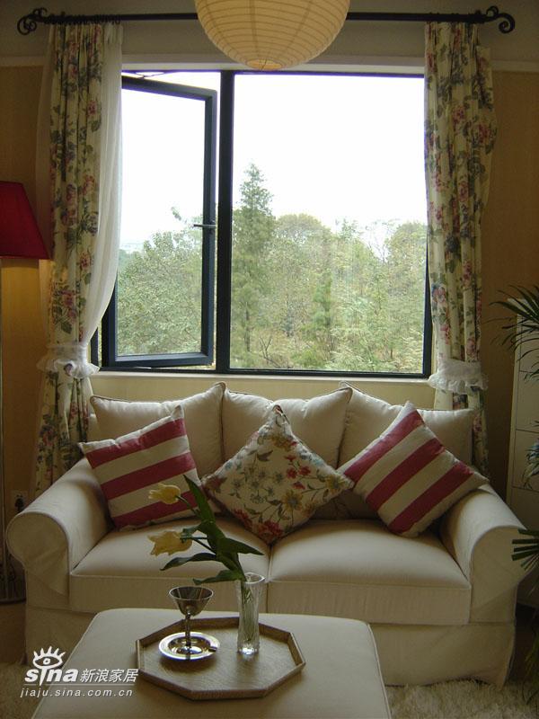 欧式 三居 客厅图片来自用户2557013183在万科城花英式田园风格样板房15的分享