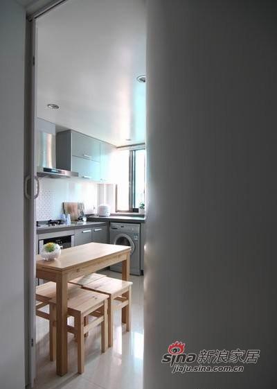 厨房进门图