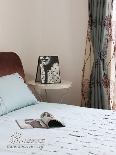 简约 一居 卧室图片来自用户2739378857在沿海40的分享