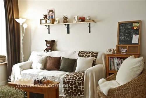 简约 二居 客厅图片来自用户2738845145在4万打造88平米婚房65的分享