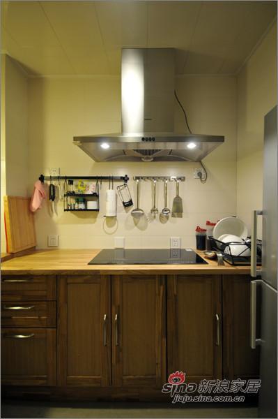 现代 三居 厨房图片来自佰辰生活装饰在8万装110平纳维亚式简约家38的分享