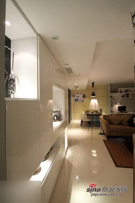 简约 二居 客厅图片来自用户2557979841在80后6.5万装95平时尚简约两居28的分享