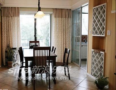 简约 三居 客厅图片来自用户2737759857在25万装140平米简约欧式家33的分享