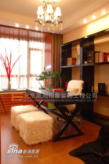 简约 三居 书房图片来自用户2737786973在浪漫满屋83的分享