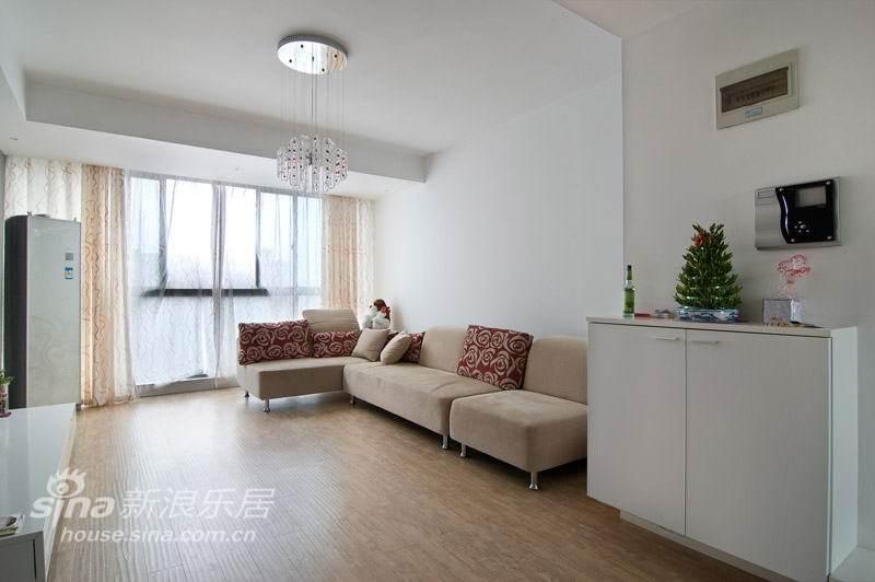简约 复式 客厅图片来自用户2559456651在大华锦绣华城-现代36的分享