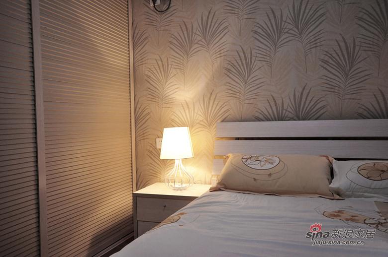 简约 二居 卧室图片来自用户2557010253在80后潮居小白领6万装修90平93的分享
