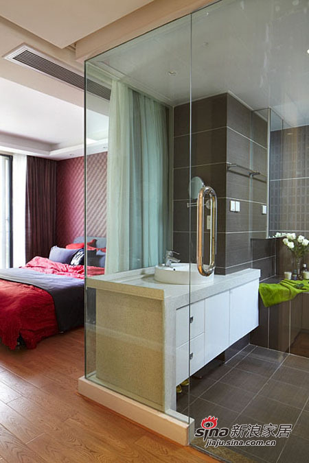 简约 三居 卫生间图片来自用户2738820801在5.5万装98平三居时尚美家49的分享