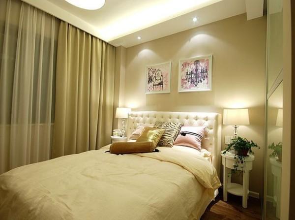 这是女儿房:女主人觉得用黄色的比较温馨素雅。因此整个墙漆、窗帘和床品均选用淡黄色,真的很温馨呢~
