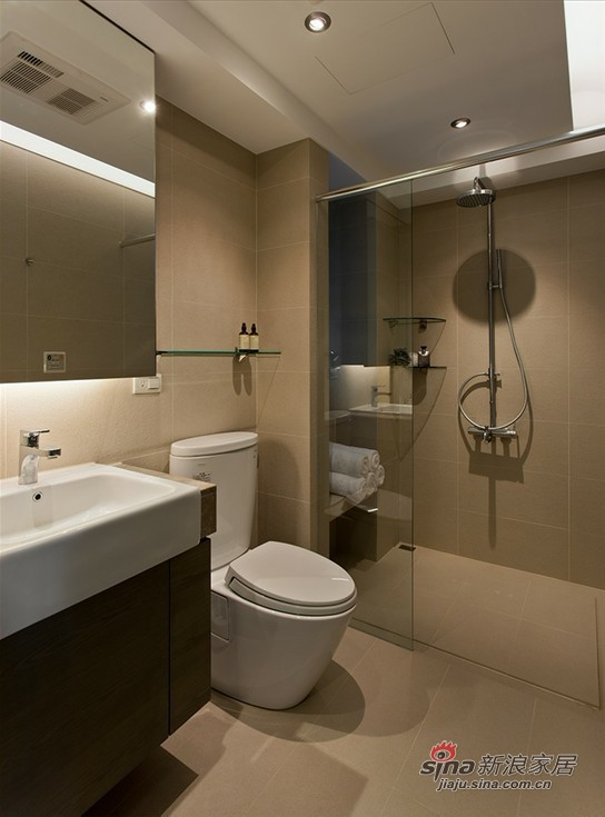 简约 二居 卫生间图片来自用户2737950087在5.7万装118平简约收纳大两居室45的分享