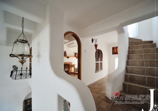 地中海 跃层 楼梯图片来自佰辰生活装饰在98平米混搭东南亚风格新居27的分享