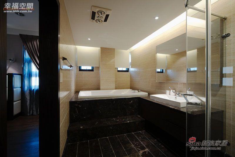 简约 三居 卫生间图片来自幸福空间在231平黑白利落时尚大3居爱家83的分享
