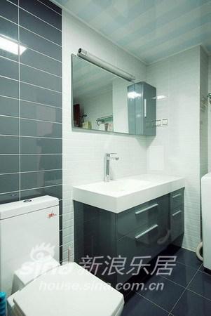 简约 二居 客厅图片来自用户2739153147在5.3万打造140平惊艳之家49的分享