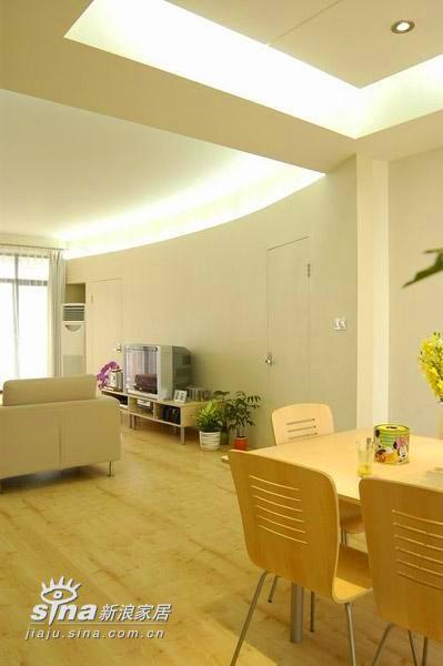 简约 三居 餐厅图片来自用户2738820801在清新淡雅中透豪华 20万打造我的三居室45的分享