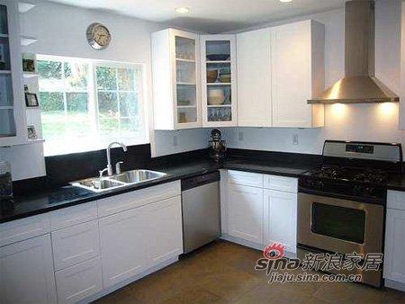 混搭 一居 厨房图片来自用户1907655435在空间不足4平L型厨房巧布局35的分享