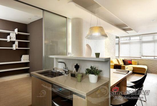简约 二居 厨房图片来自佰辰生活装饰在75平现代原木情调简约风家74的分享