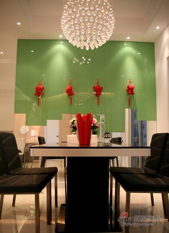 简约 二居 餐厅图片来自用户2737759857在16张实景图揭密幸福之家36的分享