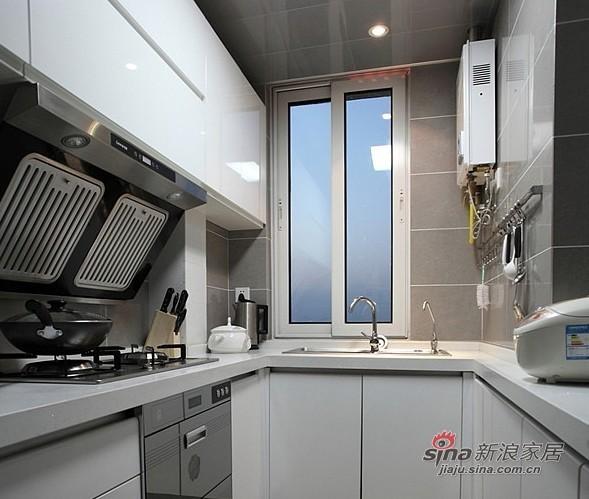 欧式 二居 厨房图片来自用户2745758987在小萝莉和大叔的85平甜蜜爱巢51的分享
